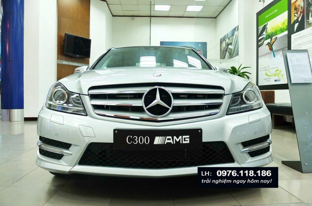 Mercedes C300 AMG (1)