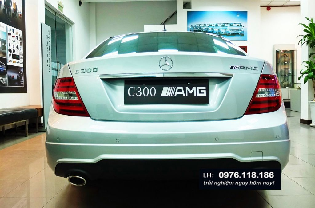 Mercedes C300 AMG (3)
