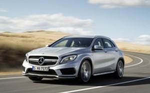 2015-Mercedes-Benz-GLA45-AMG-