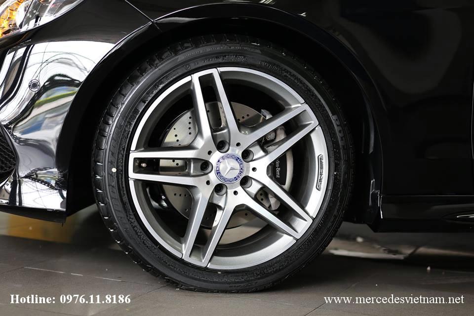 Mercedes E250 AMG 2015 (8)