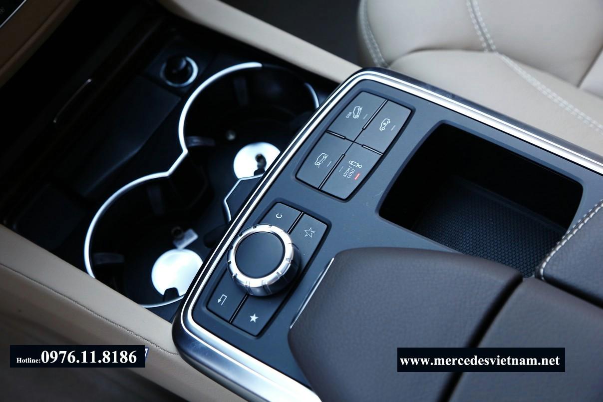 Mercedes GL400 2015 (16)