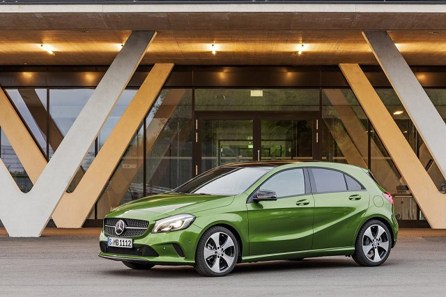 2016-mercedes-a-class-facelift-debuts-with-new-16-engine-and-launch-assist-photo-gallery_24