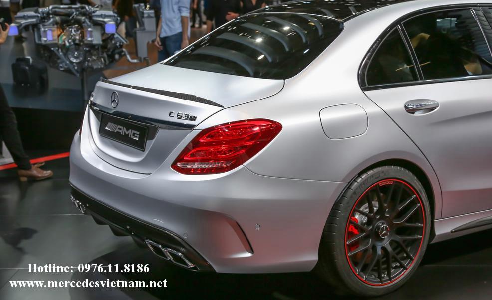 Mercedes AMG C63 S (10)