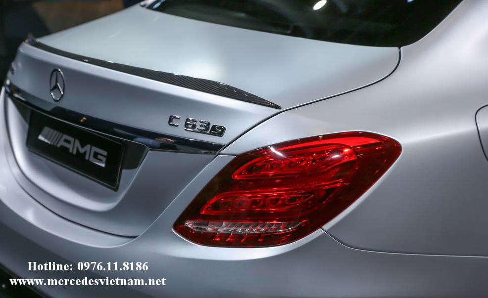 Mercedes AMG C63 S (12)
