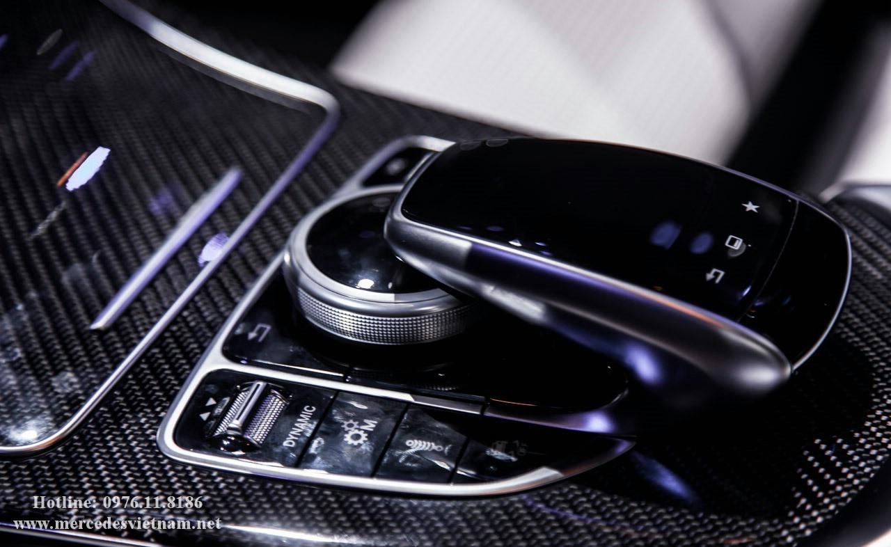 Mercedes AMG C63 S (25)