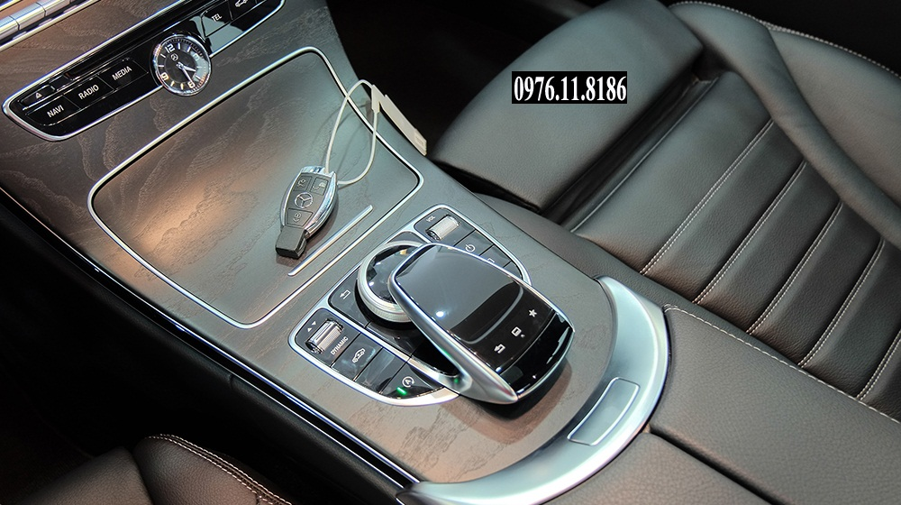 Mercedes C300 AMG 2015 (11)