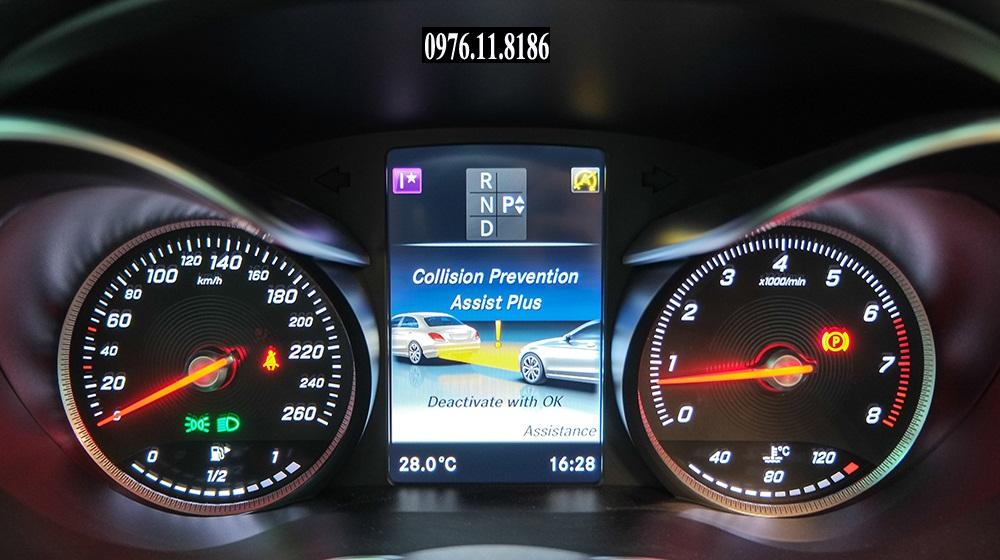 Mercedes C300 AMG 2015 (9)