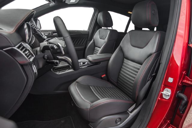 2016-Mercedes-Benz-GLE450-4Matic-AMG-Coupe-front-interior-seats