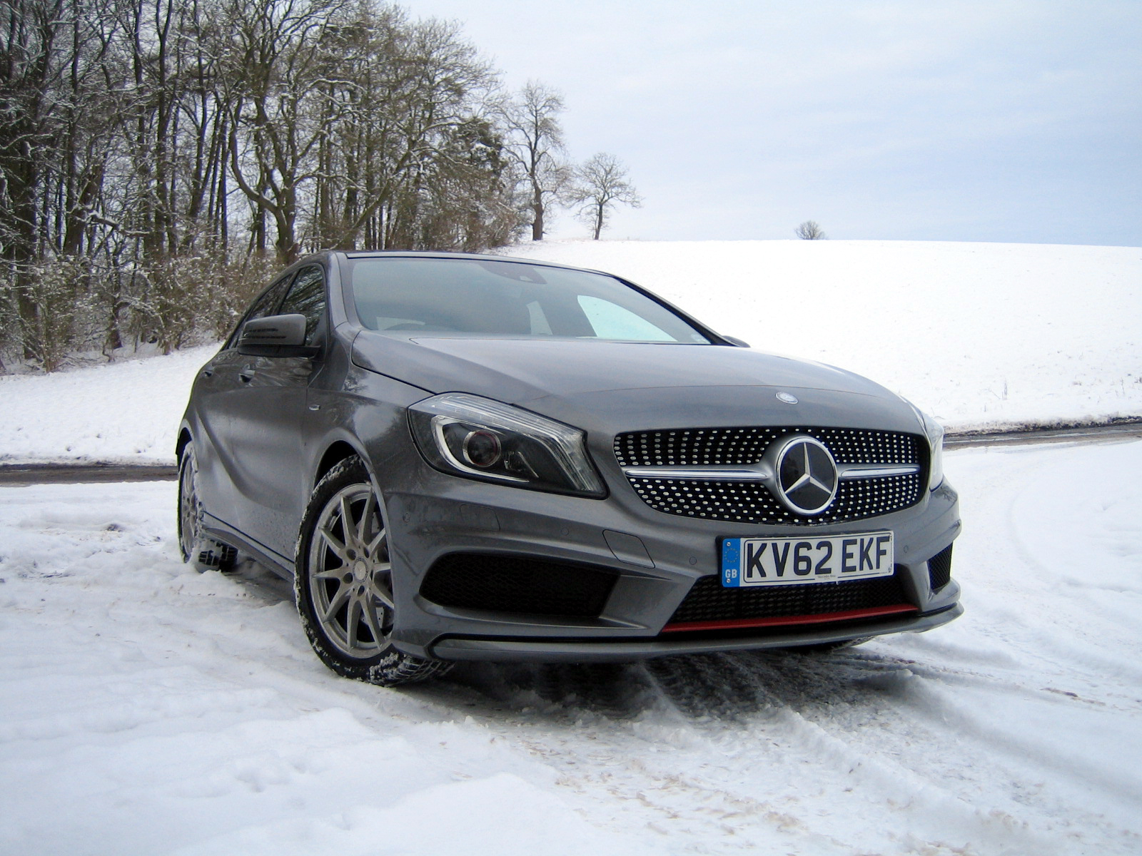 Mercedes-Benz-A250-Engineered-by-AMG-003