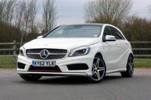 gia-xe-o-to-mercedes-benz-a250-amg-doi-2014