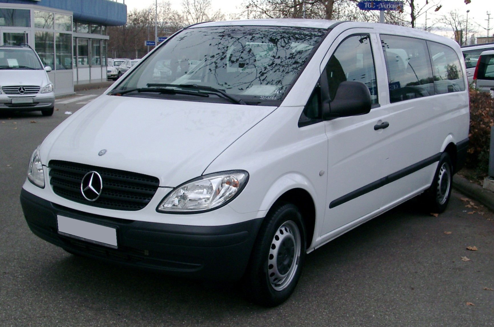 Mercedes_W639_front_20080127
