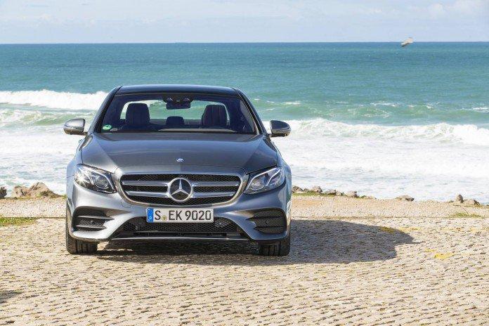Mercedes-Benz-E350d-AMG-Line-9-696x464