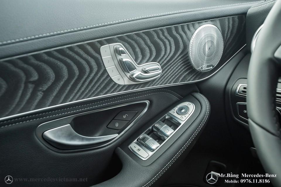 Kết quả hình ảnh cho Mercedes GLC 300 2018 nội thất