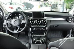Mercedes C200 2017 mot sieu pham cong nghe moi (6)