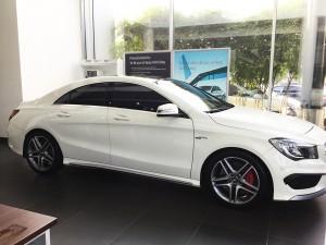 Mercedes-benz-cla45-amg-2015-mau-trang-mercedes-qua-su-dung-proven-exclusivity-004