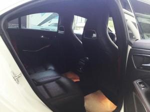 Mercedes-benz-cla45-amg-2015-mau-trang-mercedes-qua-su-dung-proven-exclusivity-008