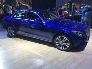 Khoang nội thất Mercedes C250 – Thêm không gian , thêm hiệu quả