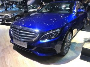 Mercedes Benz C250 là sự kết hợp giữa cổ điển và hiện đại