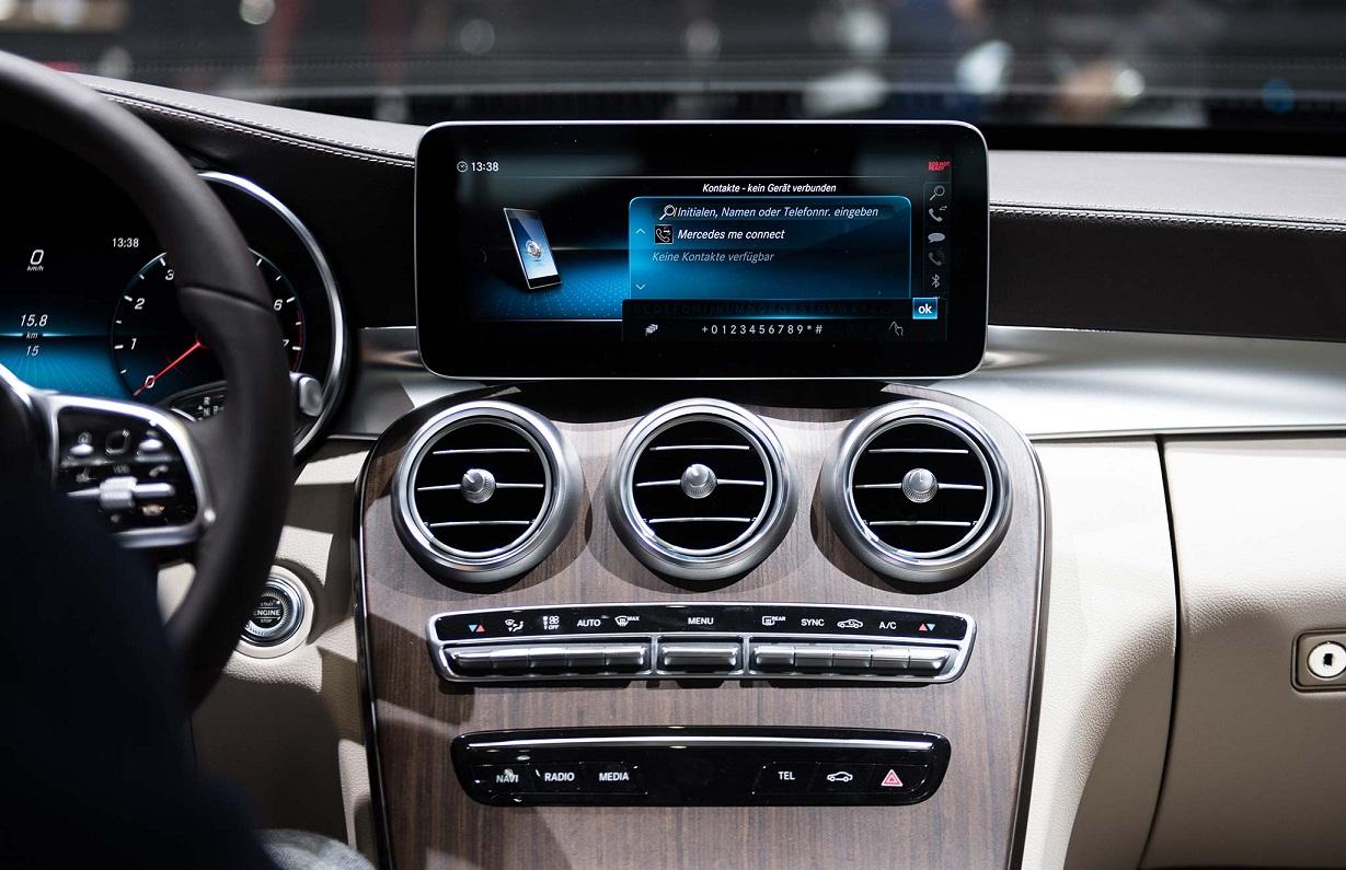 Mercedes C200 2019 thay doi (3)