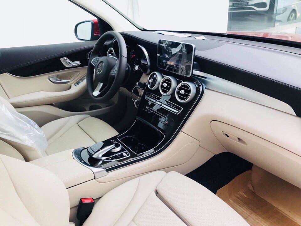 Mercedes GLC 200 2019 sang trọng, lịch thiệp đa dụng cho gia đình (3)