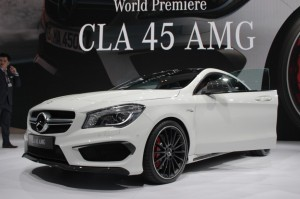 2014-mercedes-benz-cla45-amg-2013-new-york-auto-show_100423499_l