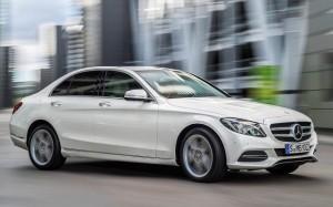 Mercedes-Benz-Classe-C-2015 (6)