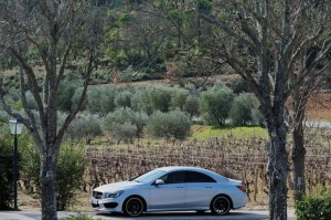 mercedes-benz-cla250-side-