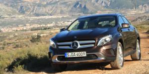 2015-mercedes-benz-gla-250-660-7