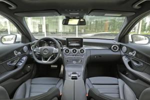 Mercedes-benz-C250-AMG-(24)