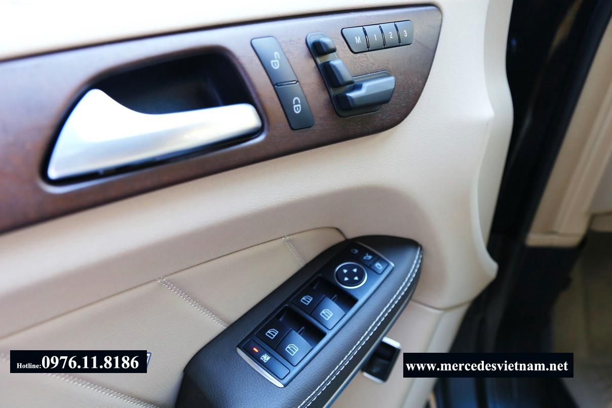 Mercedes GL400 2015 (14)