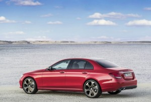 2017-Mercedes-E-class-rear-626x421