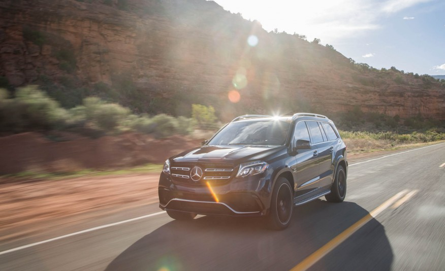 2017-Mercedes-AMG-GLS63-1016-876x535
