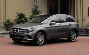 mercedes-glc-300-ban-co-thich-no-khong