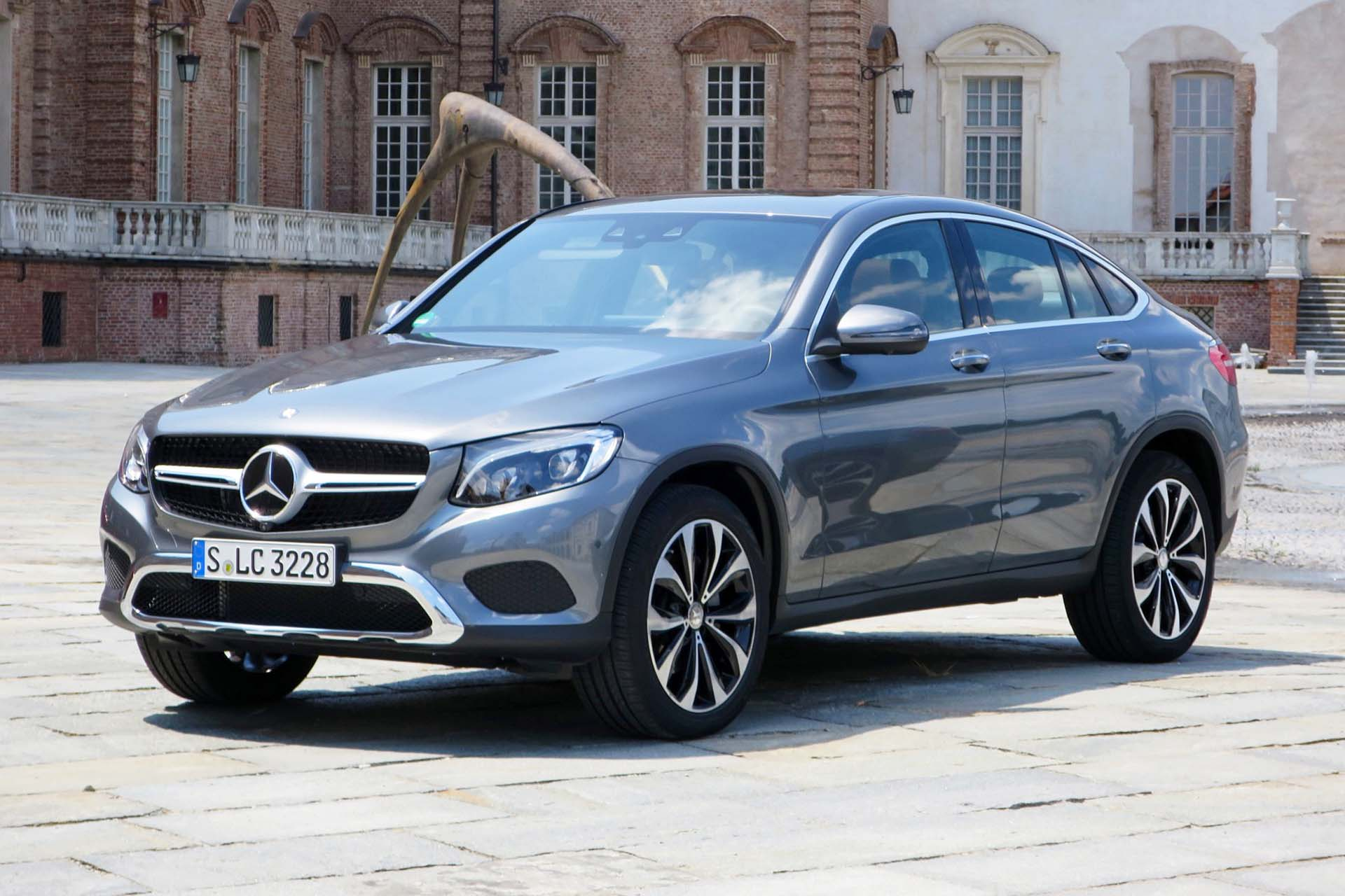 02-PW-2017-Mercedes-Benz-GLC-300-Coupe