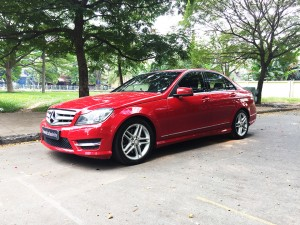 Mercedes-benz-c300-amg-2011-màu-đỏ-xe-qua-sử-dụng-proven-exclusivity-960x720-