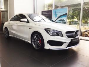 Mercedes-benz-cla45-amg-2015-mau-trang-mercedes-qua-su-dung-proven-exclusivity-