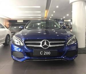 Mercedes C200 2018 ngoai that (1)