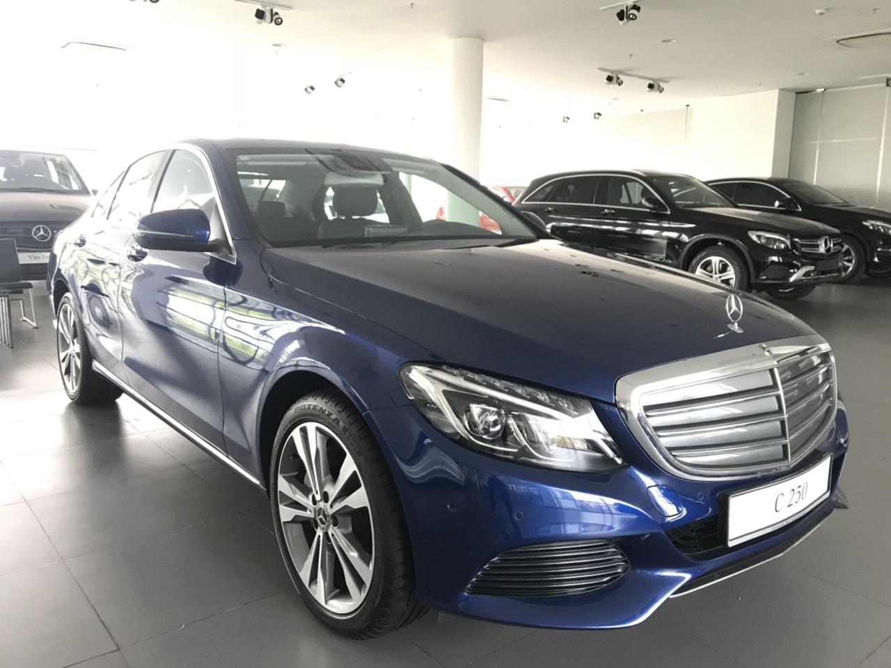 Mercedes C250 2018 2019 moi nhat (1)