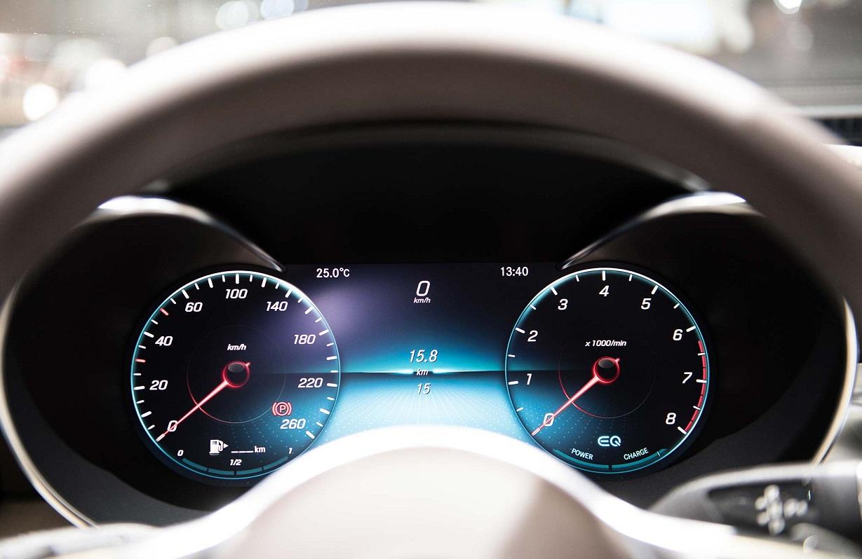 Mercedes C200 2019 thay doi (2)