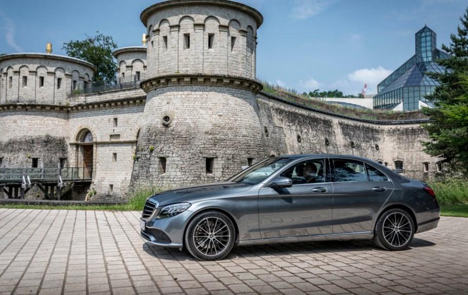 Mercedes-Benz C-Class mới đẹp hơn bao giờ hết - Ảnh trưng bày